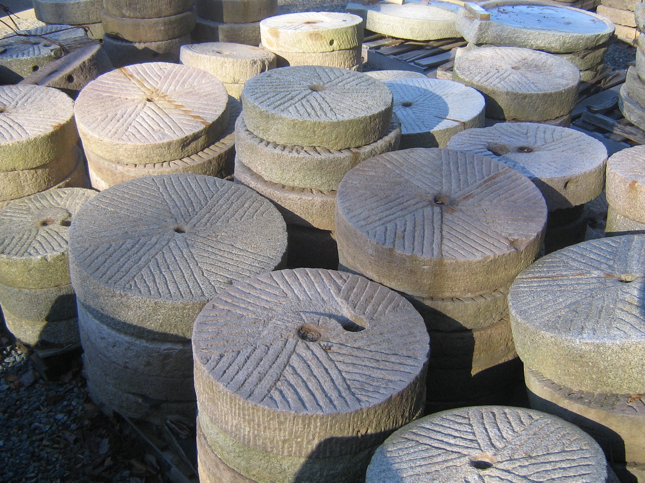 millstones troughs other specialty stones realgoods company. Black Bedroom Furniture Sets. Home Design Ideas